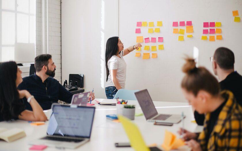 'Corona: hierdoor zitten startups en scale-ups in de financiele problemen' door Tony de Bree