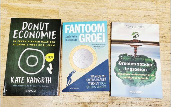 'De Donut Economie, Fantoom Groei & Groeien zonder te groeien' door Tony de Bree